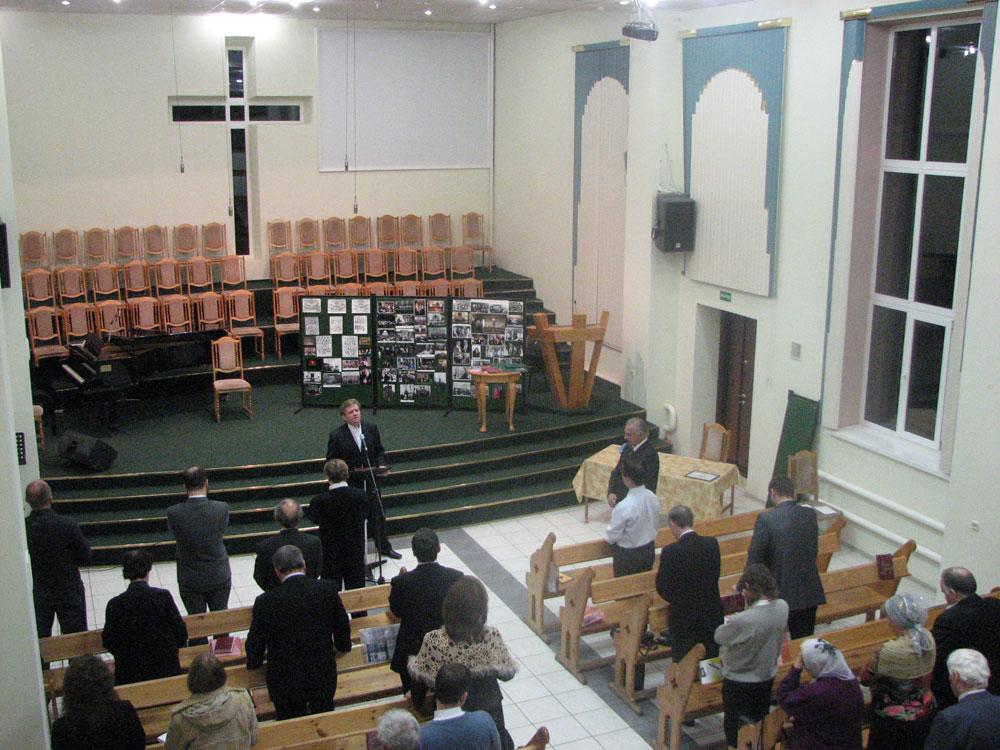 Богослужение в мытищинской церкви евангельских христиан баптистов от 01012017